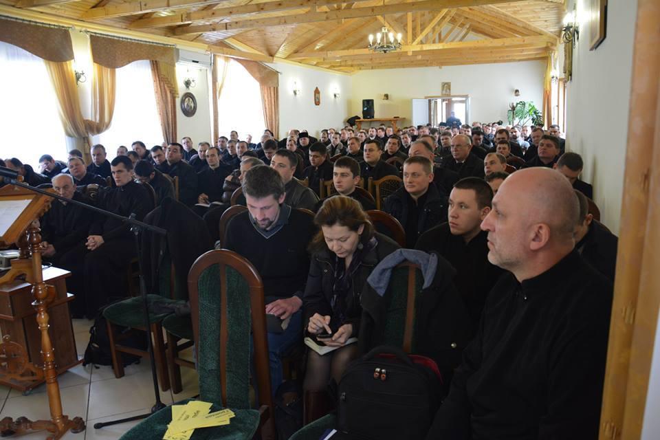 Тренінги для священиків