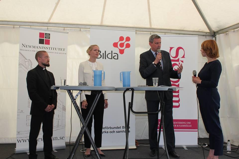 Свято Демократії або український єзуїт у Швеції