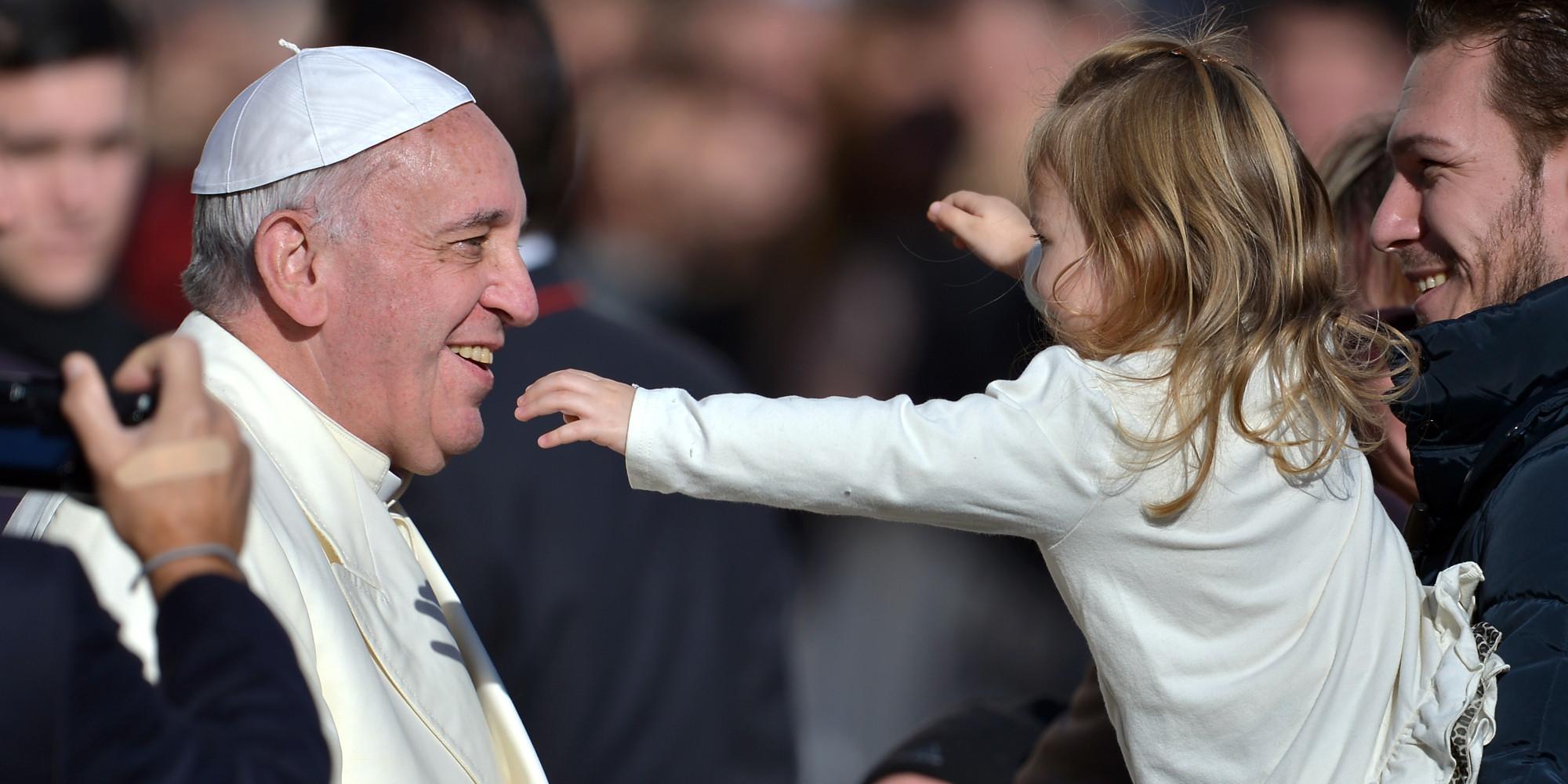 """""""Ви – світло світу"""". Документ Папи Франциска, присвячений боротьбі з сексуальними зловживаннями у церкві"""